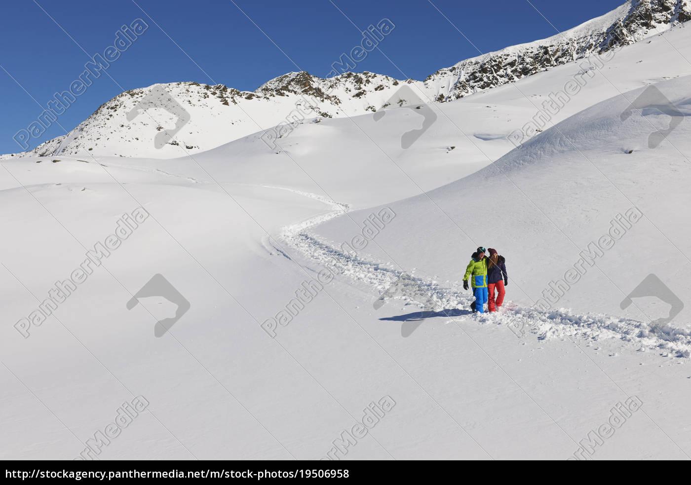 paar, zu, fuß, im, schnee, kuhtai, Österreich - 19506958
