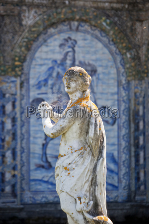 statues and old azulejos the iconic
