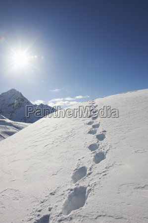 footprints in snow kuhtai austria