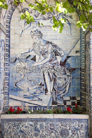 alte, azulejos, die, ikonischen, blau, verglasten, keramikfliesen - 19517816