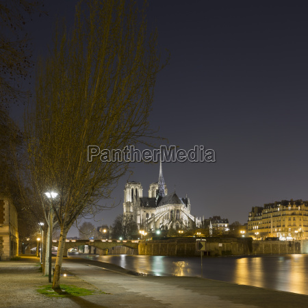 view of notre dame and river