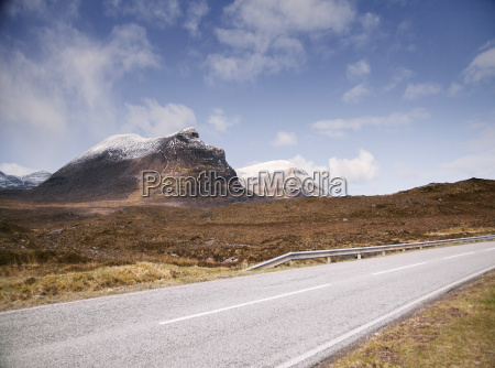 road past stac pollaidh mountain assynt