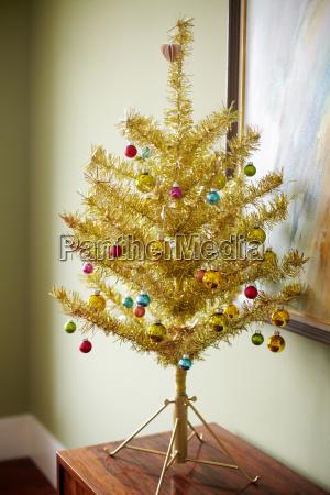 gold christmas tree