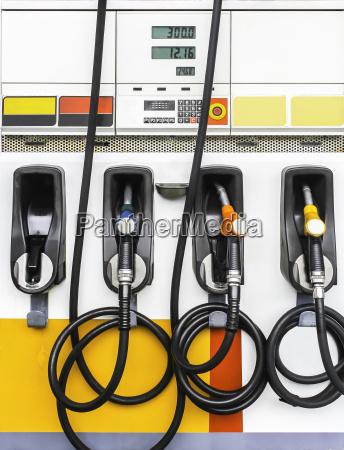 benzin pumpt benzin