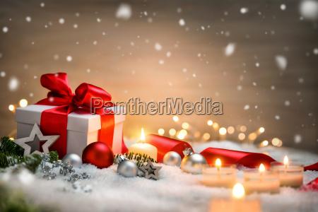 weihnachten hintergrund mit geschenk und rotem