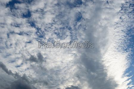 witterung meteorologie wetterkunde stuermen bewoelkung stratosphaere