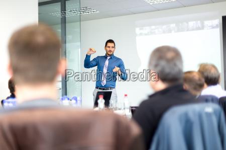 business praesentation auf unternehmens tagung