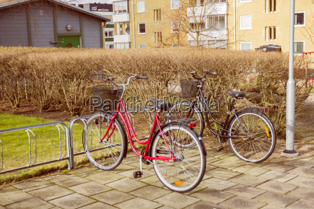 rad verkehr verkehrswesen transport transportieren parkend
