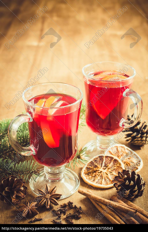 weihnachten, glühwein, gewürze, und, weihnachtsbaum, niederlassungen., jahrgang - 19735043