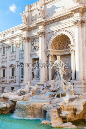 trevi brunnen in rom stadt italien