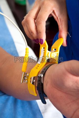 platzieren eines elektrodenclips