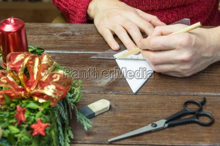 handmade female arbeitet auf papier