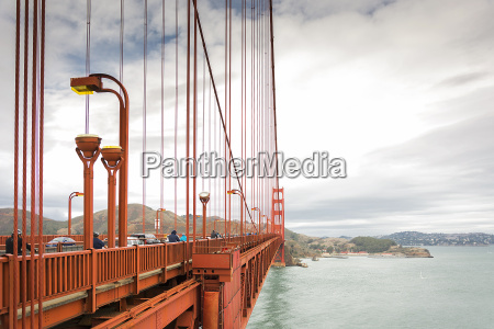 detail of the golden gate suspension