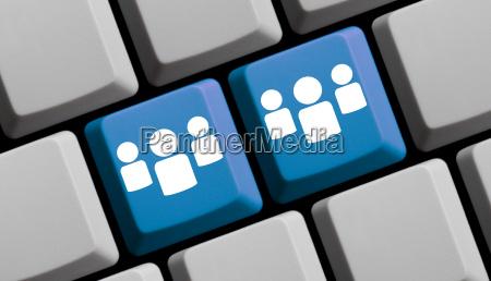 blaue computer tastatur 2 gruppen