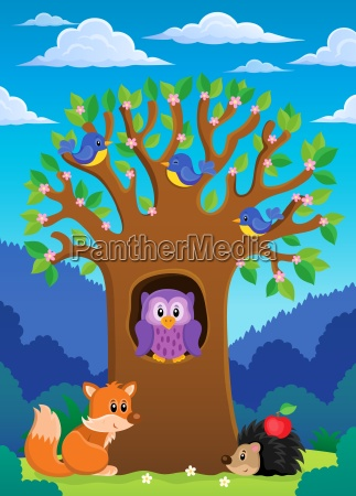tree with various animals theme 4