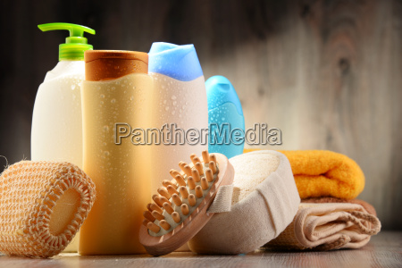 plastikflaschen von koerperpflege und schoenheitsprodukten