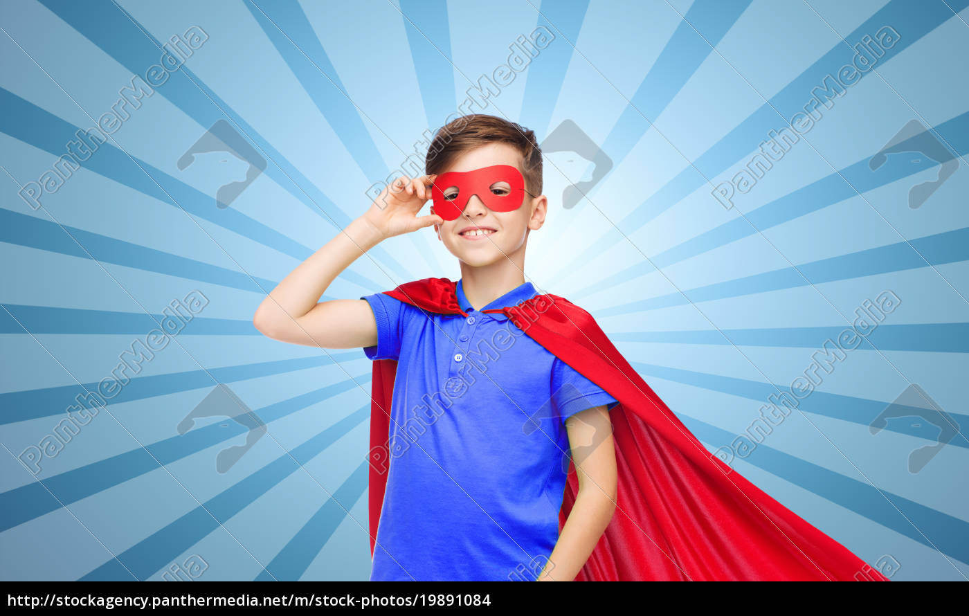 junge, im, roten, superheld, umhang, und - 19891084