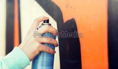 nahaufnahme von hand zeichnung graffiti mit
