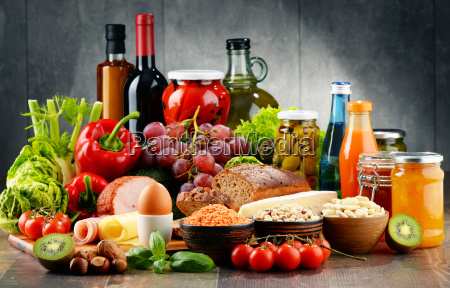 composition with variety of organic food