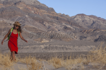 woman hiking in death valley national