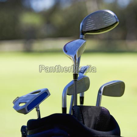 close up der golfclubs in einem