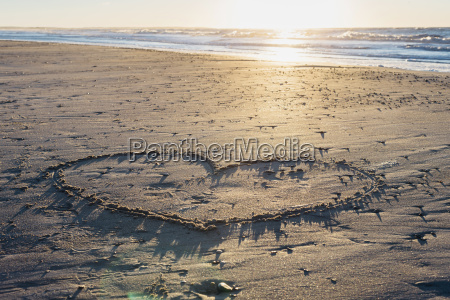 daenemark blokhus herz im sand am
