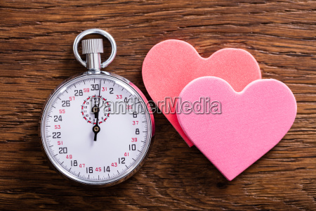 speed dating concept hearts and a