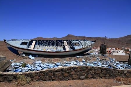 a boat skeleton in fuerteventura canary