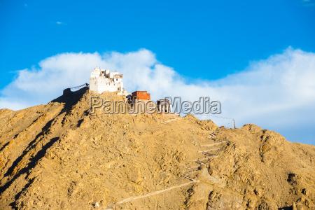 leh tsemo fort gompa telephoto mountaintop