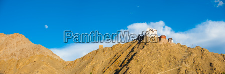 leh tsemo fort gompa panoramic mountain
