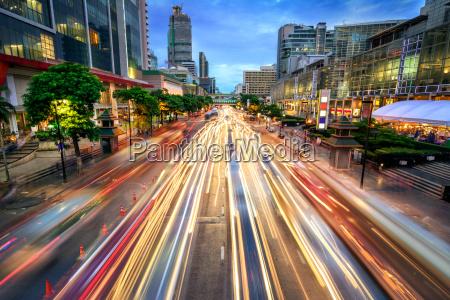 busy, street, at, dusk, , full, of - 20334681