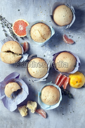 muffins with key ingredinet olive oil