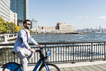 usa man on bicycle at new