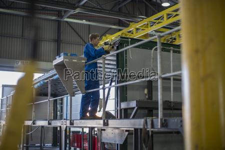 arbeitsstelle handwerker komponente industrie verkehr verkehrswesen