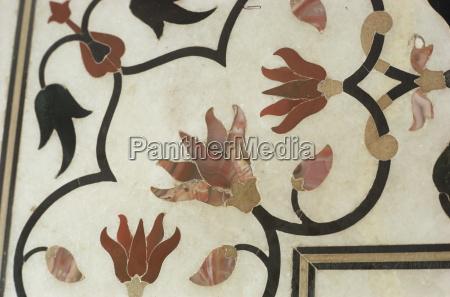 detail of inlay work taj mahal