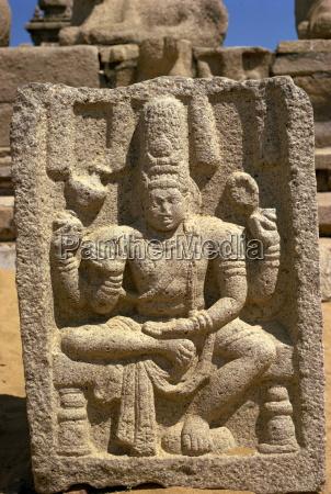 stone carving shore temple mahabalipuram unesco