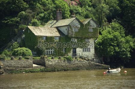 home of daphne du maurier bodinnick