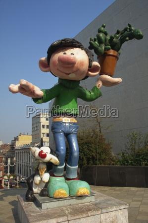 kunst humor skulptur europa plaetze orte