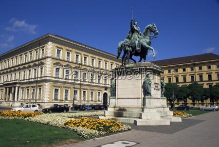 monument zu ludwig iodeonsplatzmuenchenbayerndeutschlandeuropa