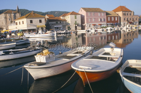morning calm in the harbour starigrad