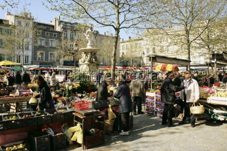 saturday market ville basse carcassonne aude