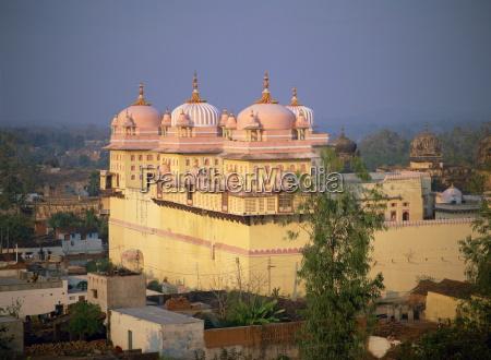ram raja tempel 20km suedlich von
