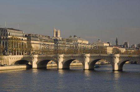 the pont neuf over the seine