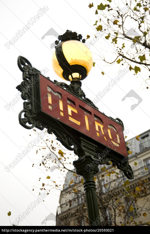 ein, kunstvolles, u-bahn-schild, paris, frankreich, europa - 20593021