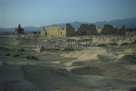 ancient city on silk road jinohe