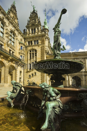 neo renaissance statues and fountain at