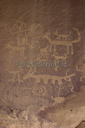 petroglyphs chaco canyon national monument new