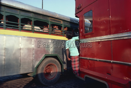 detail of buses calcutta west bengal