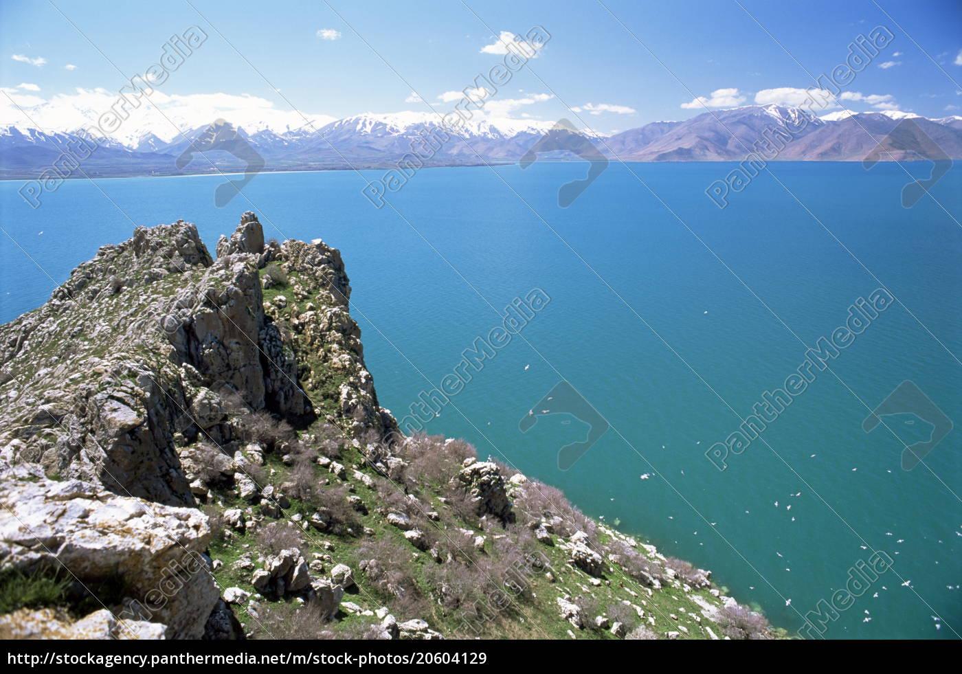 view, from, akdamar, island, of, lake - 20604129