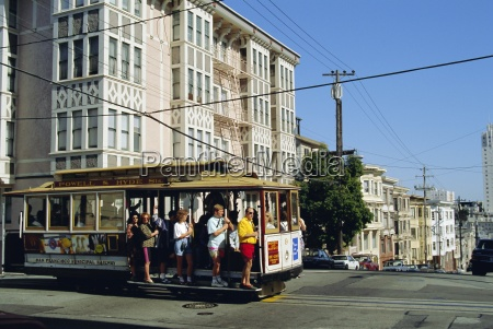 cable car on nob hill san